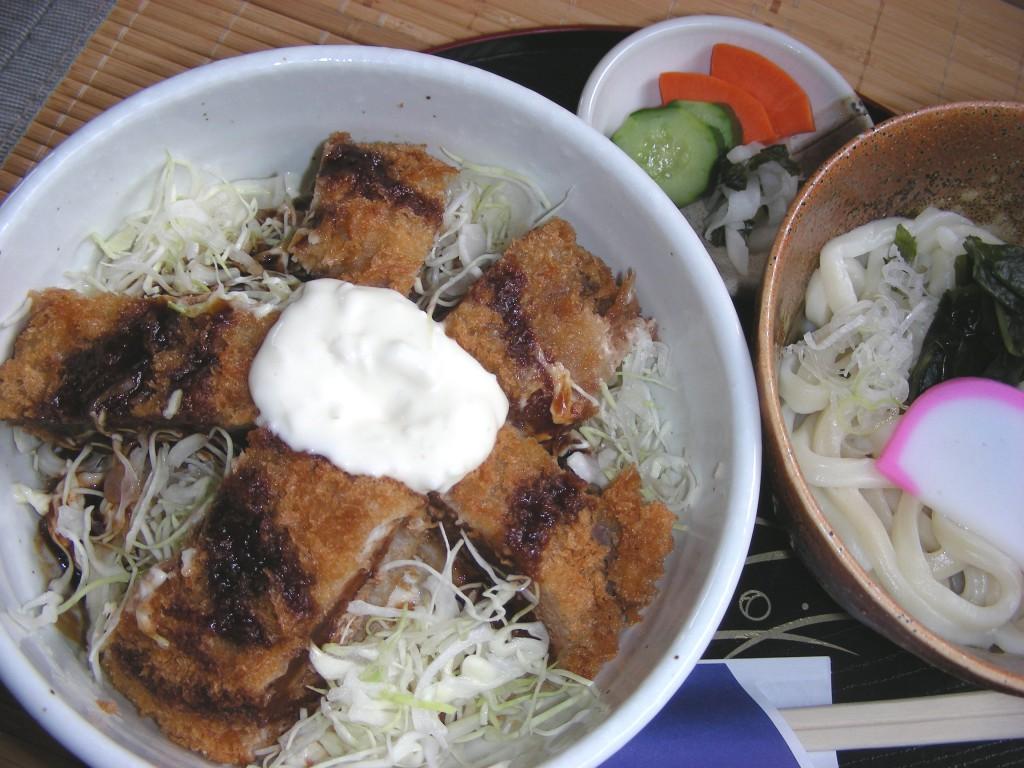 モロカツ丼定食